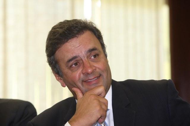 AECIO NEVES  PARTICIPA DE REUNIÃO DA BANCADA DO PSDB